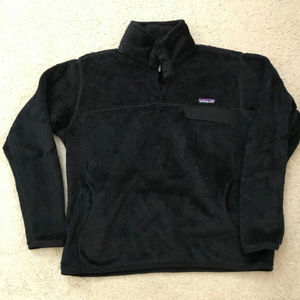 Pantagonia Woman's Quarter snap front Black Fleece